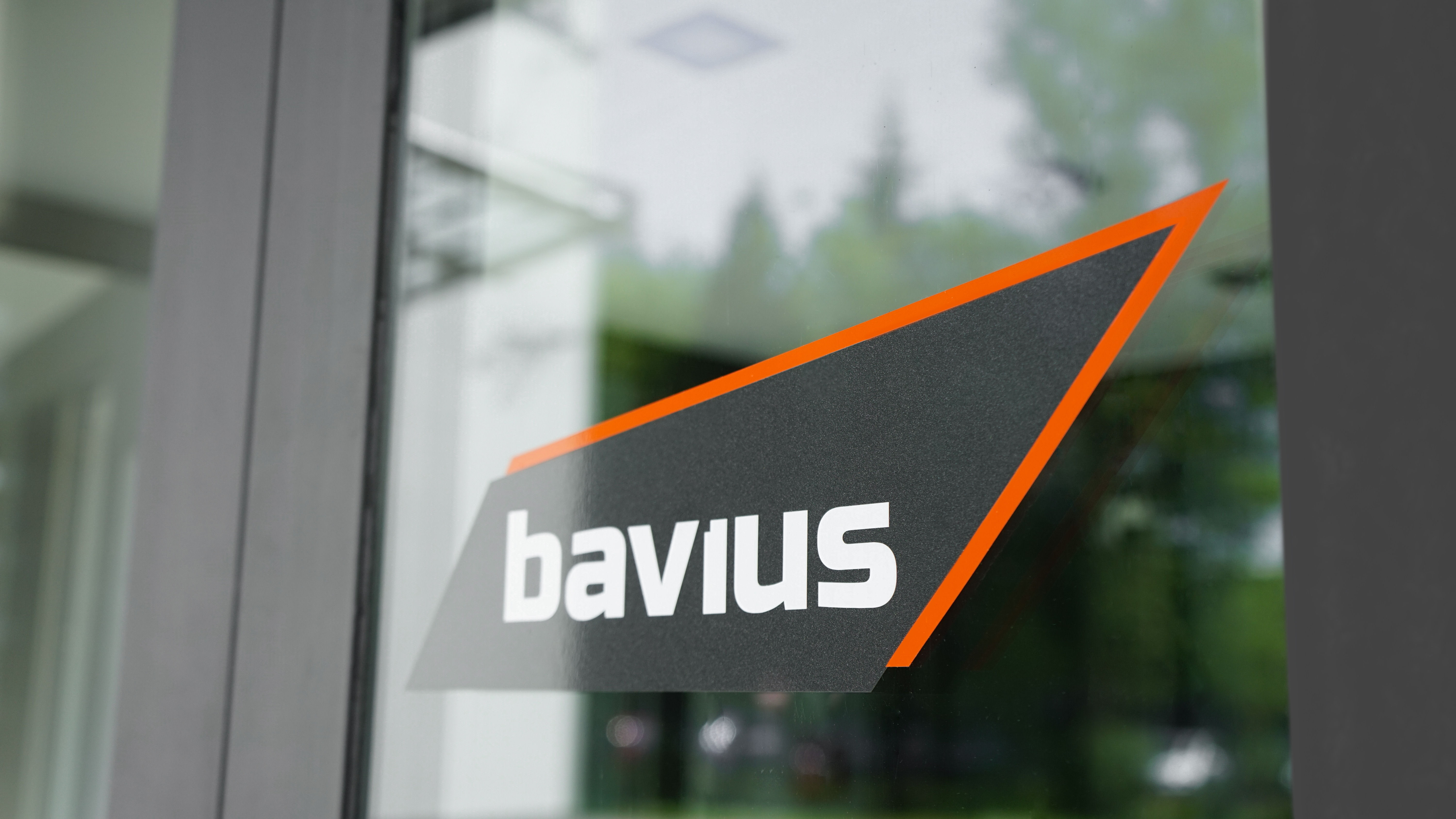 bavius-sign-entrance-1